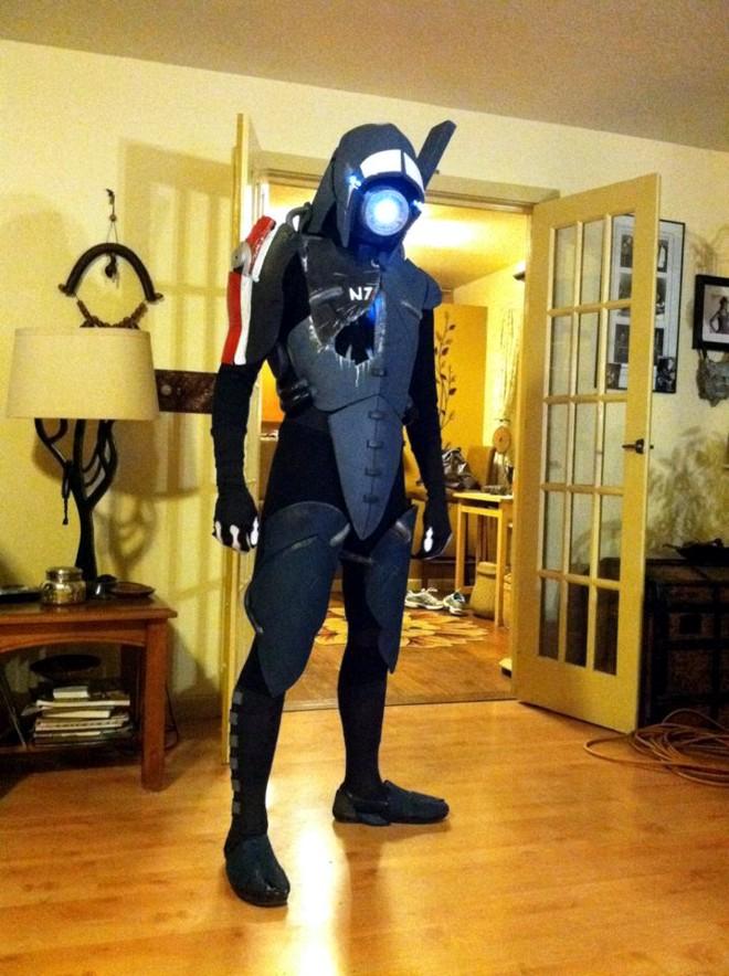 Superb Mass Effect Legion Cosplay
