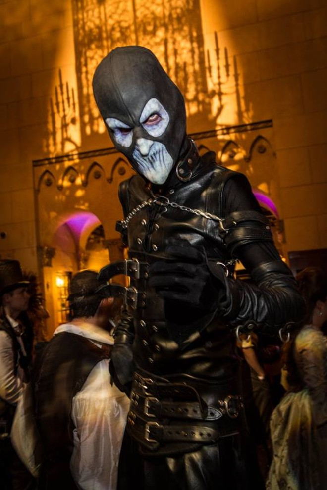 outrageously cool farscape scorpius cosplay